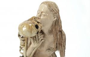 Keramisch skulptuur/ ceramic sculpture, H 63 cm B 39 cm D 51 cm